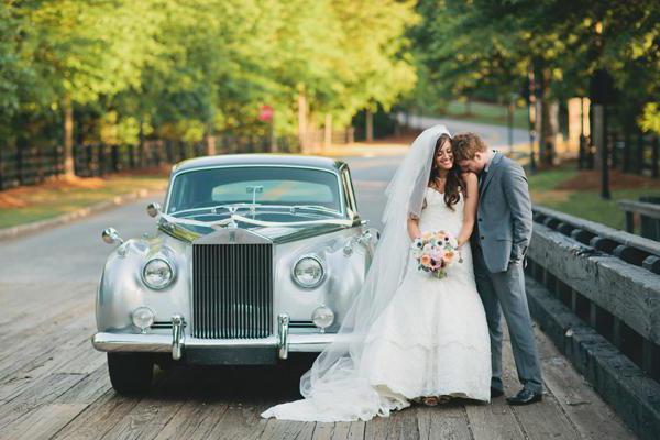 свадьба встреча молодых с караваем