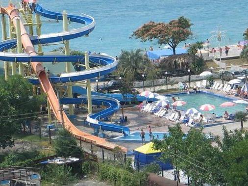 аквапарк в абхазии в гаграх фото