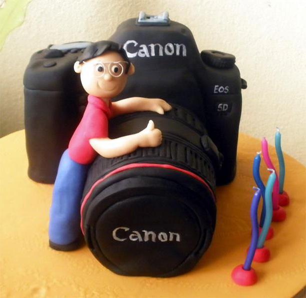торт мухами неаккредированными фотографами с мощнейшей