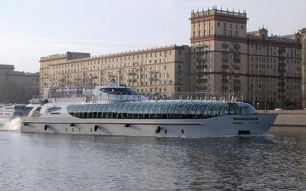 Речной круиз по москве флотилия рэдиссон ройал москва