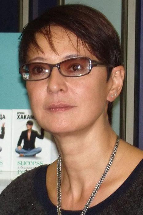 Маша Хакамада - полная биография