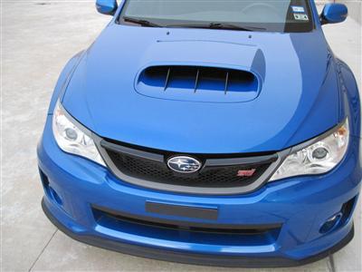 Air intake on the hood
