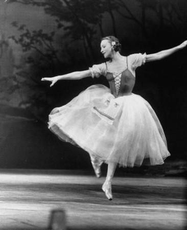 Галина Уланова: страницы жизни всемирно известной балерины