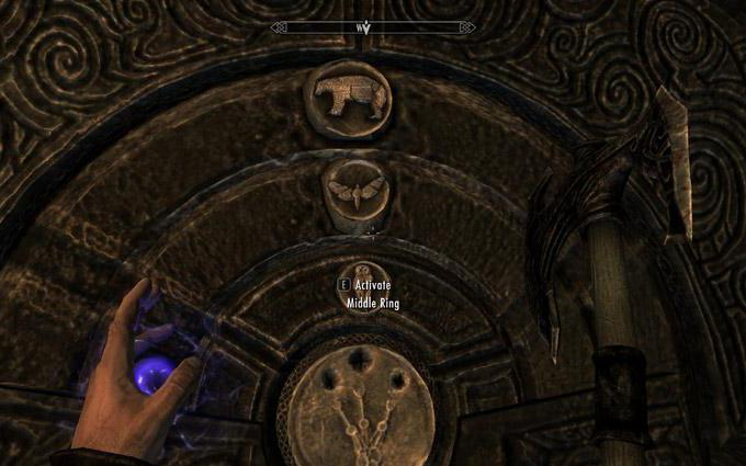 where is the golden claw in skyrim