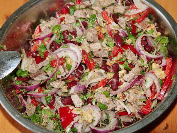 Салат с говядиной и фасолью рецепт с