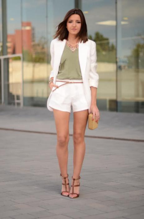 white shorts black t shirt