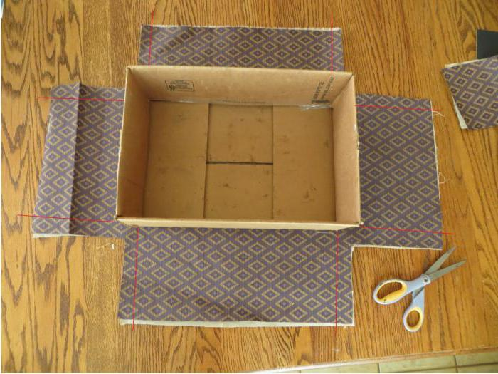 How to glue the box with gift paper
