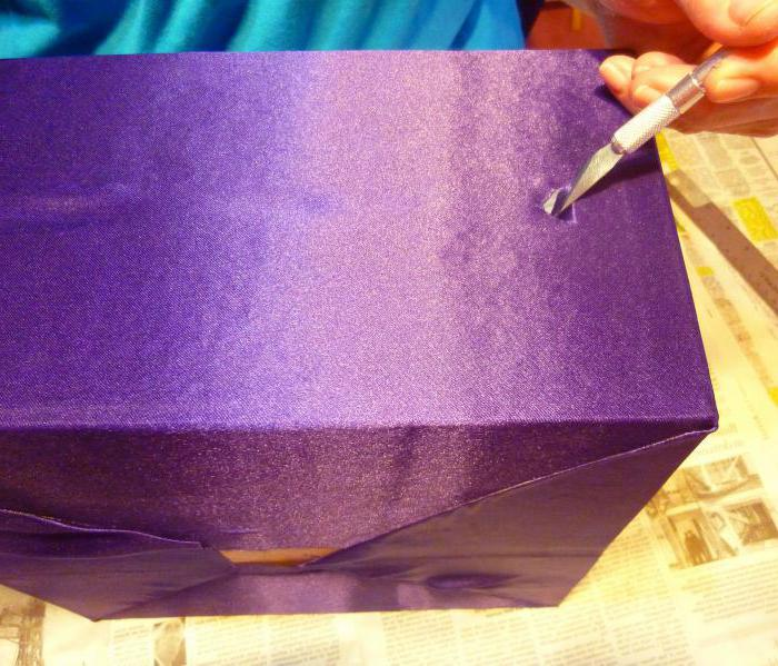 How to glue the box with colored paper