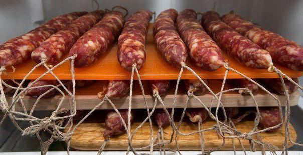 dry-cured sausage at home recipe