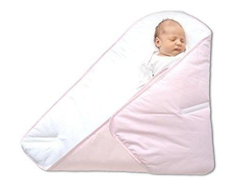how to wrap the baby in a blanket on the statement