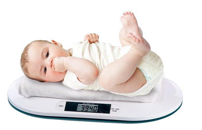 Сколько малыш должен набрать за первый месяц жизни