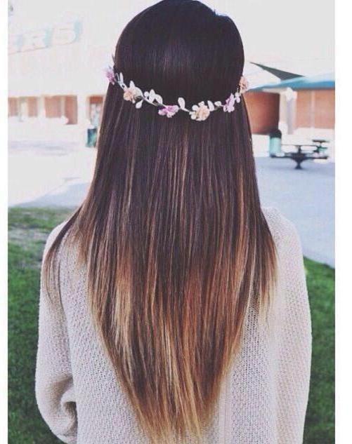 На длинные волосы треугольником стрижка