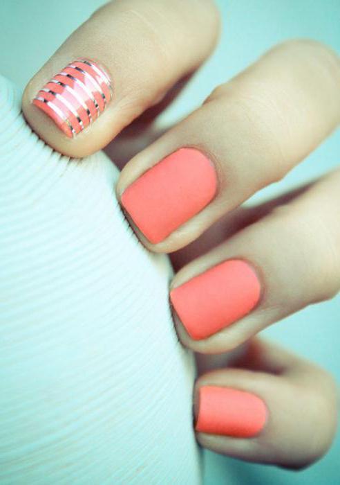 Маникюр на короткие ногти матовым лаком