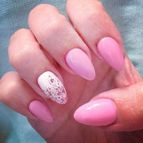 manicure pink with white photo