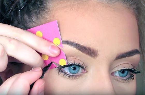 как сделать трафарет для стрелок для глаз
