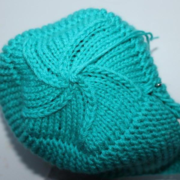 как правильно убавлять петли на шапке спицами