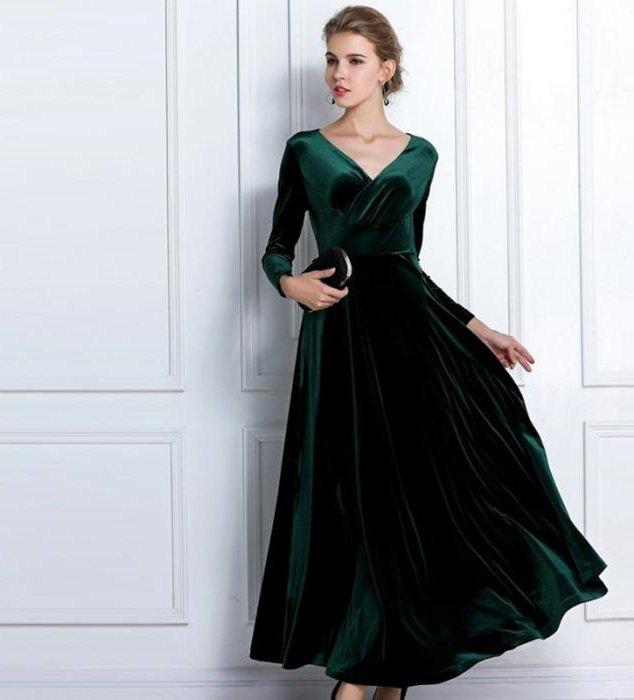 Фото велюрового платья