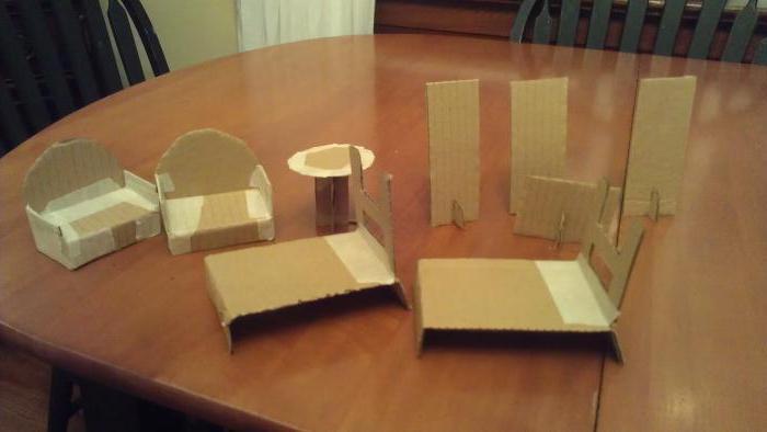 Как из картона сделать для куклы мебель