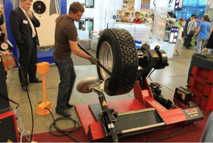 tire changer for trucks