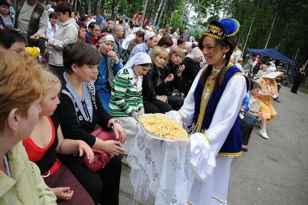 1664735 - Народный праздник татар и башкир