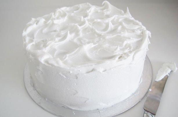 how to make a cream of eggs and sugar for the cake