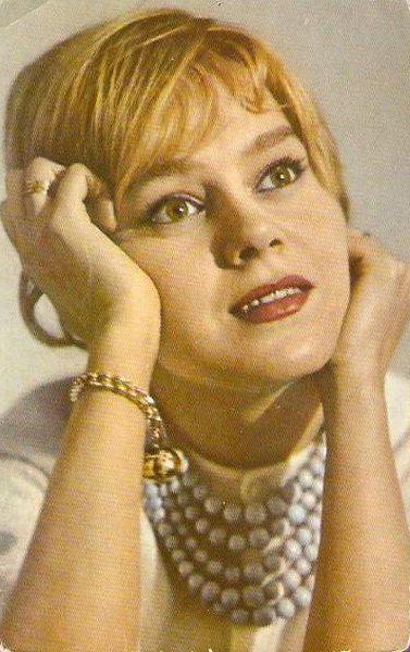 Nina Drobysheva biography
