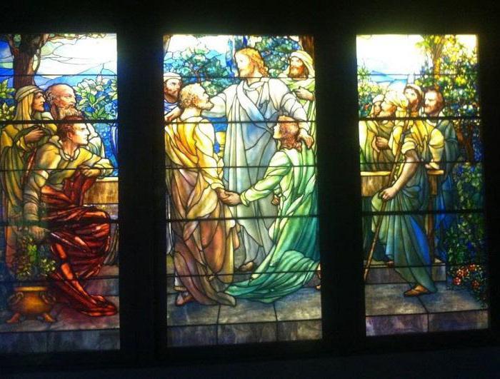 Витражные картины на стекле