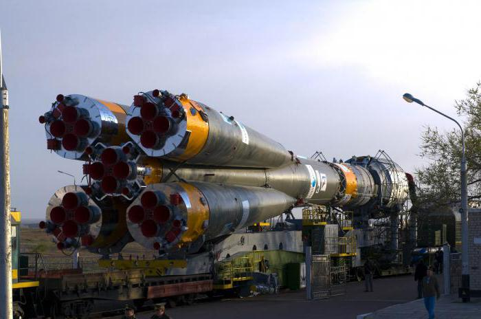 the total mass of the carrier rocket union is