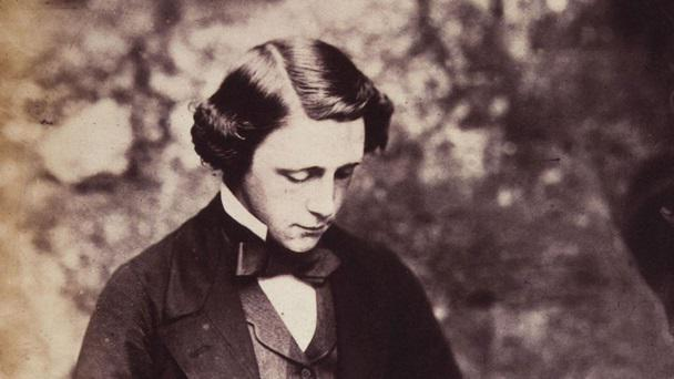 Lewis Carroll biography in English