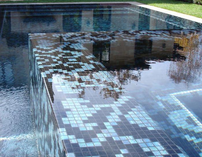 mosaic laying mosaic
