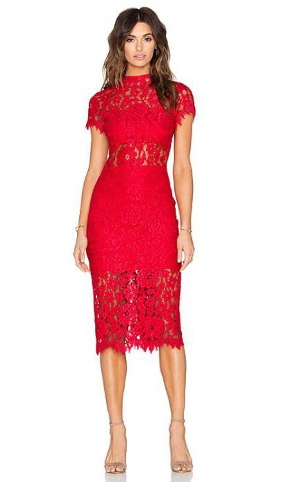 what to wear red dress case