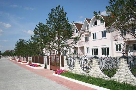 Belyi Bereg cottage settlement prices