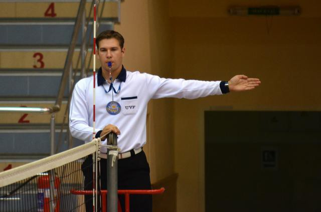 volleyball referee gestures