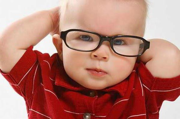 strabismus in newborns when the photo passes