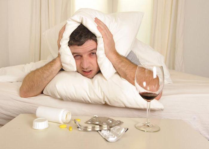 почему голова болит после алкоголя