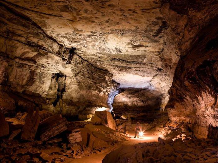 facts about mammoth caves