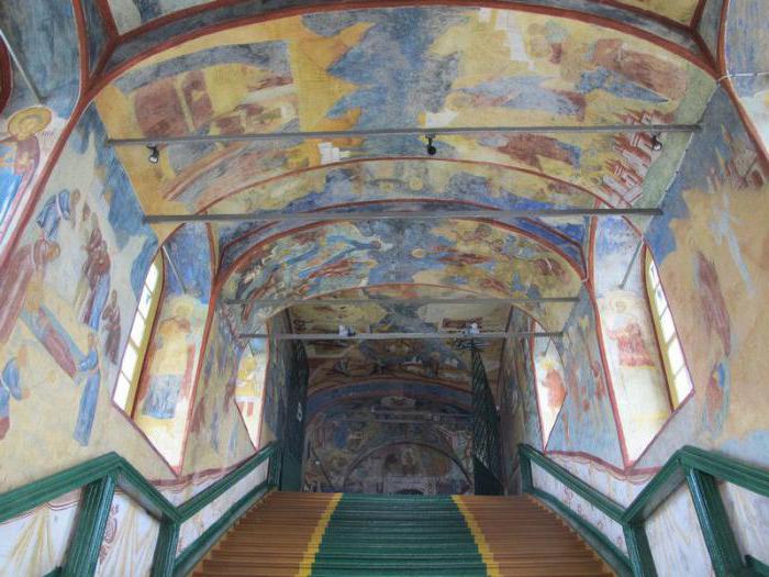 Resurrection Cathedral in Tutayev service schedule