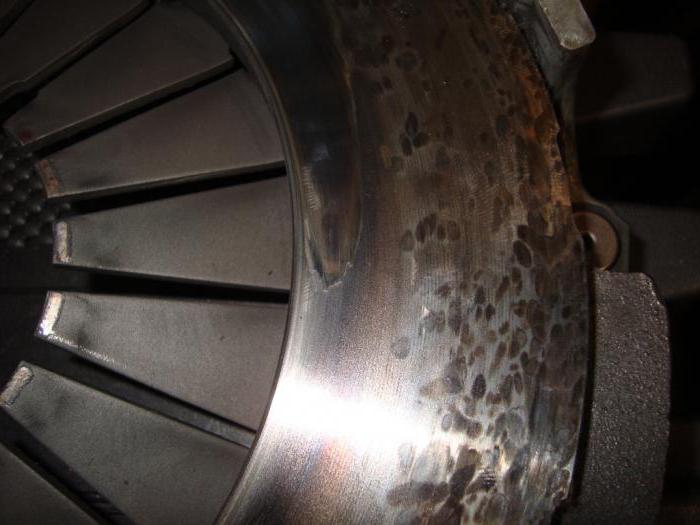 1872430 - Сцепление пробуксовывает на больших оборотах