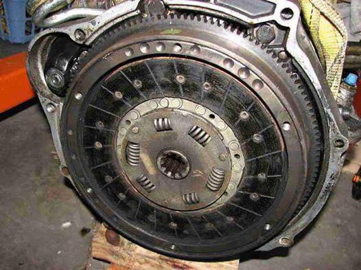 1874110 - Сцепление пробуксовывает на больших оборотах