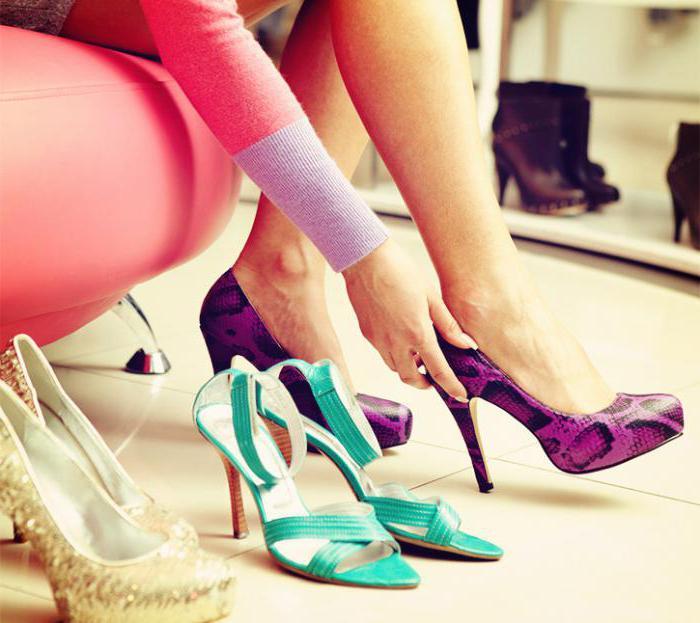 мерить модельную обувь в магазине во сне