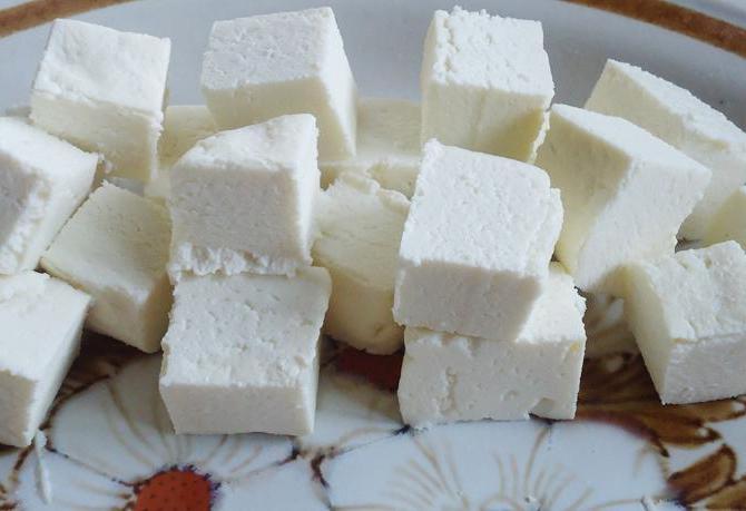 Как сделать из кислого творога сыр в домашних условиях