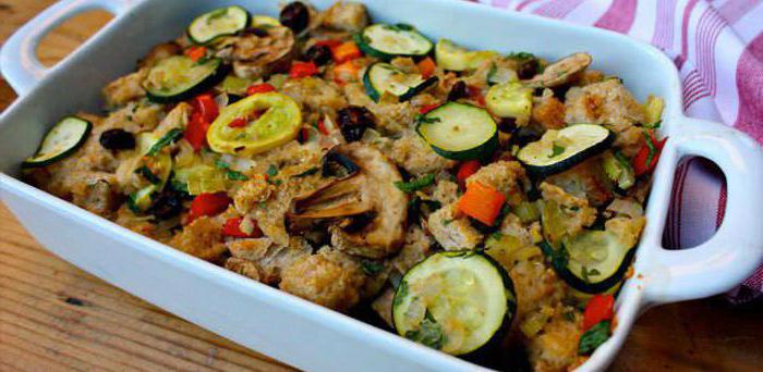 zucchini baked with mushrooms