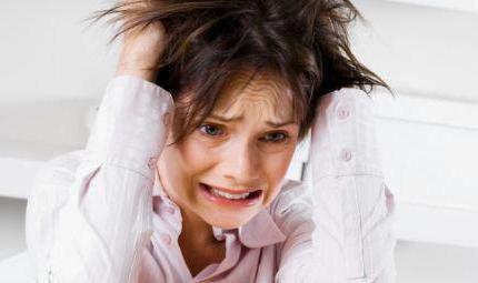 causes of migraine in women