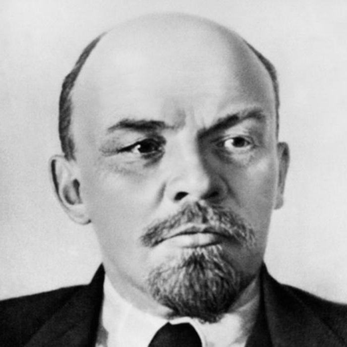 Why Lenin was not buried