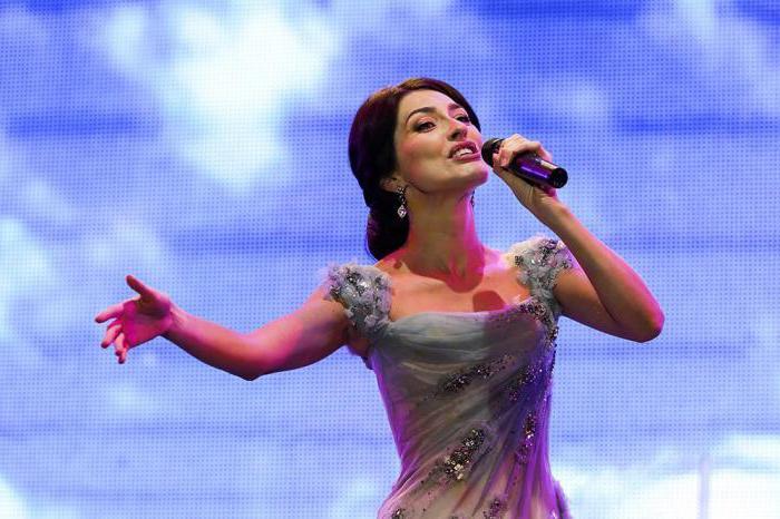 Ksenia Dezhneva Singer