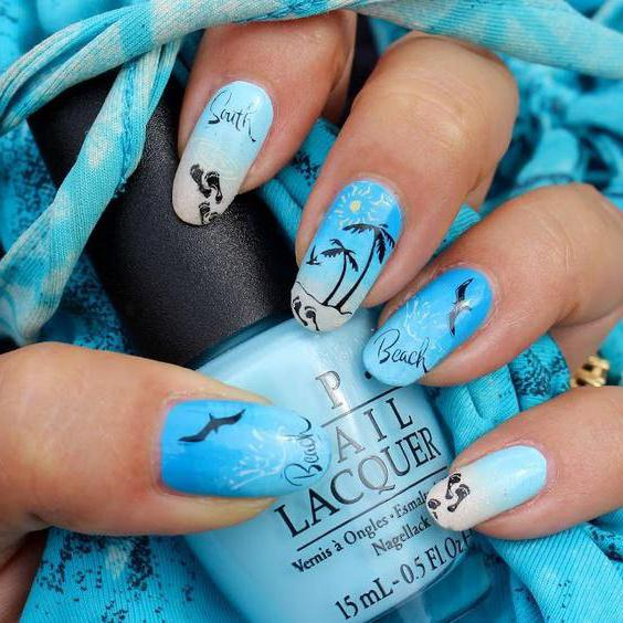 manicure with a sea pattern