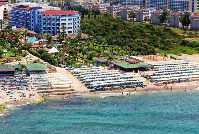 club caretta beach 4 restaurants and bars
