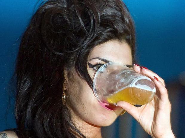 В случае отравления алкоголем что делать в домашних условиях?