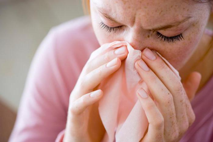 how to distinguish allergies from colds aching jaw