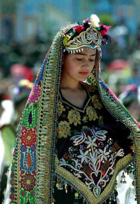 Uzbek dresses